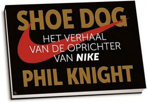 Phil Knight - Shoe Dog (dwarsligger)